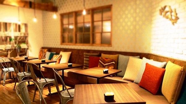 スタバなどのカフェでオンライン英会話のレッスンは受けられるの?